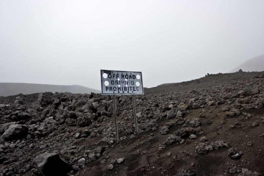 Mauna Kea – invisible Hawaiian cows, avalanches and a lot of more…