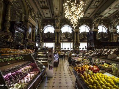 Kuchnia rosyjska – co i gdzie zjeść w Moskwie?