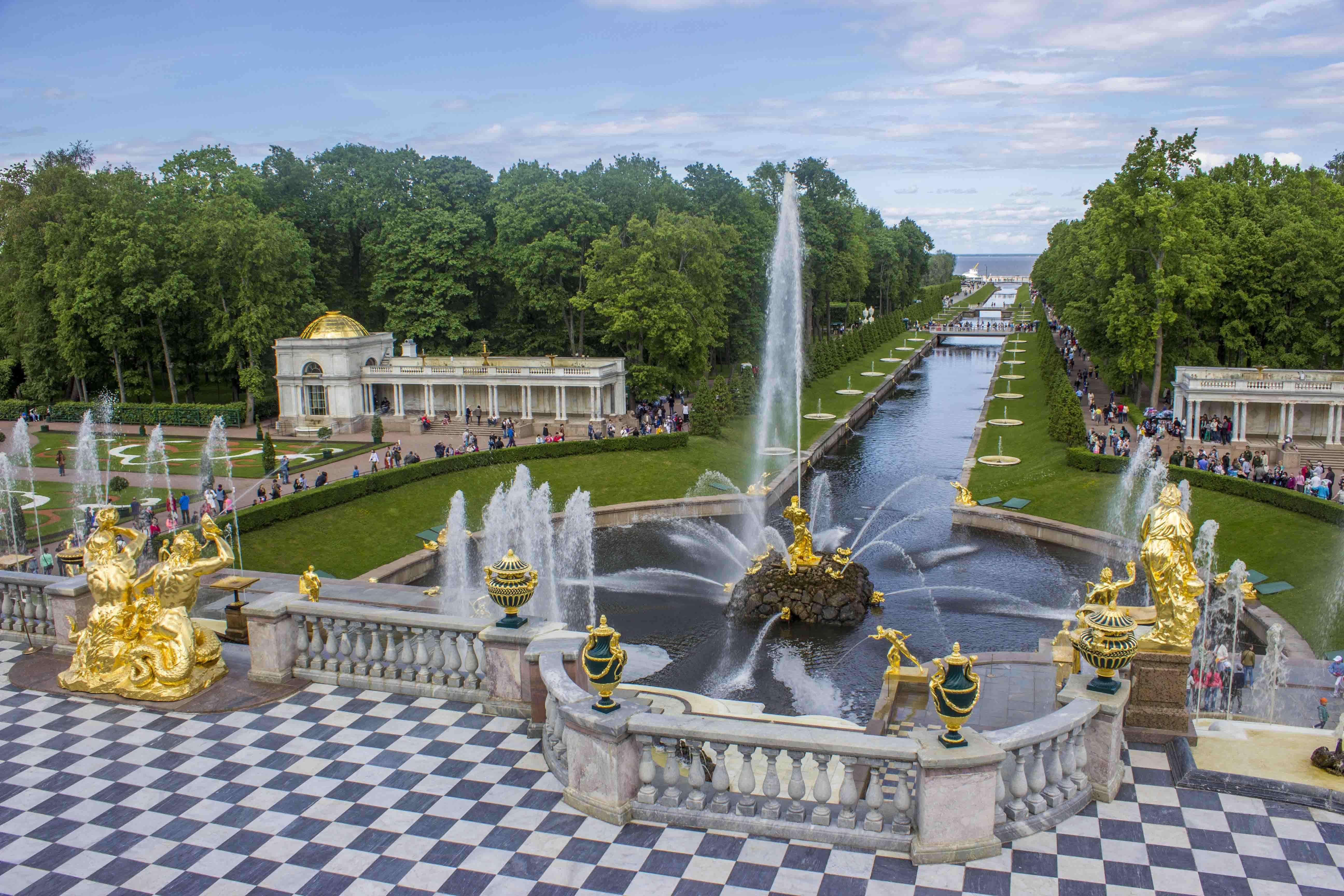 Girl on a Trail – Peterhof and Tsarskoe Selo